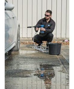 D20 20V Pressure Washer Kit With 1x 2Ah Battery And Charger - Image